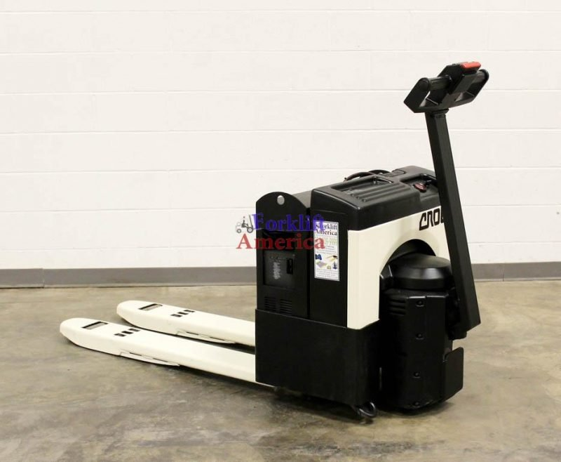 4,000 LB Crown 40GPW-3-14 Electric Pallet Jack-11841