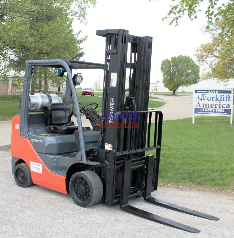 used-toyota-forklift-6000-8fgcu30-cushion-st-louis-missouri